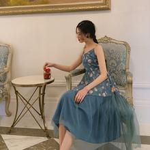 梅子熟ho法式复古裙hi仙的吊带连衣裙夏式网纱拼接夏新式