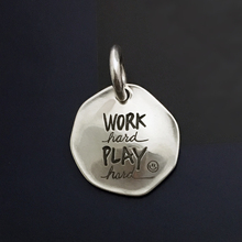 [horseltest]不拘原创 努力工作努力玩