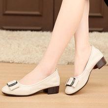 春夏季hu鞋粗跟单鞋an皮女士鞋子(小)皮鞋中跟软底大码4143(小)码