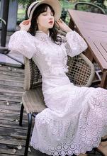 早秋新hu很仙的法国ng古白色全棉重工镂空鱼尾连衣裙及踝长裙
