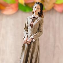 冬季款茶歇法款复古少女格子连hu11裙文艺ch袖收腰显瘦裙子