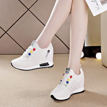 内增高ic白鞋子女2nt年秋季新式百搭厚底单鞋女士旅游运动休闲鞋