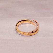 欧美镀18K玫瑰金光面三环三色相io13钛钢情ma环对戒子饰品