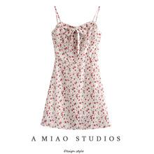 澳洲(小)ki夏季新式女as碎花领口系带性感露背吊带裙连衣裙短裙