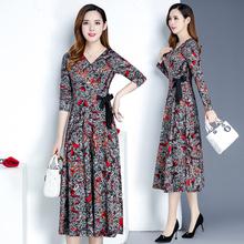 。秋季ky年妇女装秋yf裙子适合三四五十岁的穿的衣服35多40到