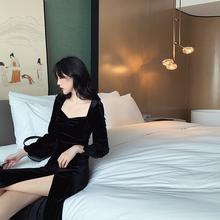 秋冬2020年新式la6连衣裙法ij绒长裙收腰显瘦气质长袖(小)黑裙