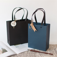 新年礼le袋手提袋韩ia新生日伴手礼物包装盒简约纸袋礼品盒