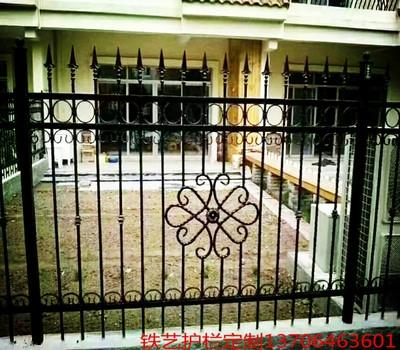 铸铁锻打铸钢铁艺花钢lf7心护栏围a8墙围栏学校别墅护栏围栏