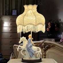 欧式台li卧室床头创ed北欧公主婚房装饰美式客厅复古