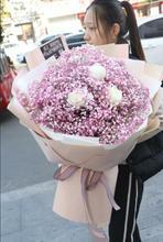 白粉紫蓝色玫瑰满天星花束礼盒南昌lj13山青云ms花同城速递