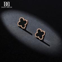 黑色四ln0草耳钉女kq玫瑰金2021新款潮(小)巧气质韩国钛钢(小)耳环