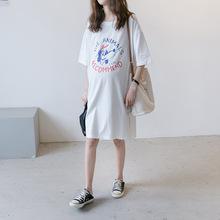 孕妇夏me连衣裙20do尚新式宽松短袖T恤裙字母潮妈纯棉中长式T恤