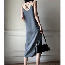 连衣裙me2020新do气质简约女装复古冷淡风法式黑色长裙