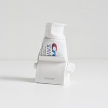 懒的挤me膏神器家用ha手动牙膏架挤洗面奶用器单个