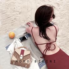 沫初见n2红色绑带露25连体泳衣女保守显瘦遮肚(小)胸泡温泉泳装