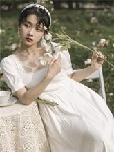 白色法ol复古方领泡we衣裙2021新式春装仙女气质收腰茶歇长裙