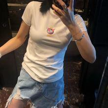 (小)飞象ou身白色短袖ai2021春夏新式修身显瘦chic卡通上衣ins潮