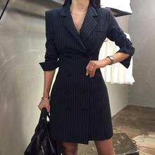 202pe初秋新式春an款轻熟风连衣裙收腰中长式女士显瘦气质裙子