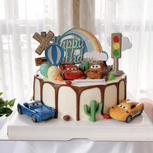 宝宝生pu蛋糕装饰汽ng旗子卡通(小)汽车飞机红绿灯烘焙甜品摆件