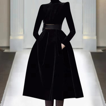 欧洲站qd021年春rj走秀新式高端女装气质黑色显瘦丝绒连衣裙潮