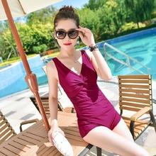 泳装女r8褶皱遮肚显8o连体纯色游泳衣运动式加肥大款塑身保守