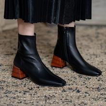 秋冬式re红白灰色瘦di粗跟方头羊皮(小)短靴春秋单裸靴短筒女靴