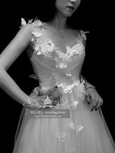 复古欧re性感吊带婚at19明星结婚同式蝴蝶户外旅拍婚纱礼服定制