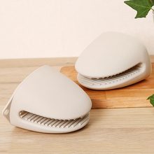 日本隔ry手套加厚微su箱防滑厨房烘培耐高温防烫硅胶套2只装
