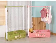 简约现sa实木松木儿tr落地卧室挂衣架创意衣服架可移动
