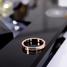 韩京韩su简约时尚带di字母食指环钛钢戒指潮的(小)指装饰品
