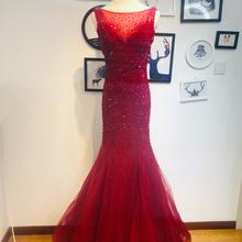 出租新sy红色重工新sy服公司年会主持的礼服手工串珠鱼尾精品