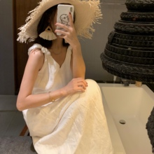 dretesholiex美海边度假风白色棉麻提花v领吊带仙女连衣裙夏季