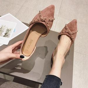 <span class=H>单鞋</span>女2019春夏新款百搭绒面尖头铆钉侧空舒适平底大码瓢鞋工作鞋