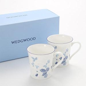 现货英国<span class=H>Wedgwood</span> Wild Strawberry野草莓骨瓷水杯马克杯礼盒装