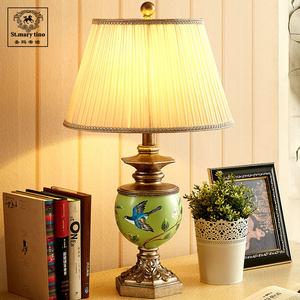美式台灯卧室床头灯树脂彩绘雕花田园台灯复古怀旧简约美式客厅灯