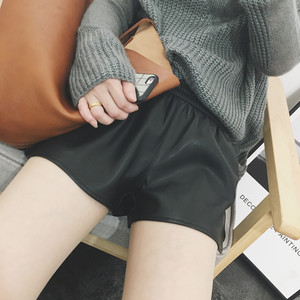 PU皮<span class=H>短裤</span>女秋冬2018新款韩版宽松高腰外穿A字显瘦阔腿休闲皮裤