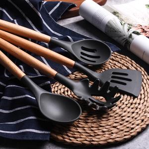 日式榉木手柄不粘锅汤勺硅胶厨具六件套耐高温烹饪勺铲<span class=H>锅铲</span>漏勺