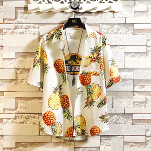 夏日菠萝纹短袖花衬衫男海滩度假潮胖子宽松加肥大码五分袖花<span class=H>衬衣</span>