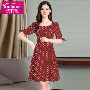 夏装2019新款有女人味气质的波点短袖贵妇人修身显瘦阔太太连衣裙