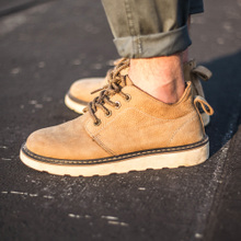 Buy American leisure tooling boots, Khaki desert boots, British Martin boots and men's shoes on behalf of Spring and Autumn Grinding Artificial Sewing