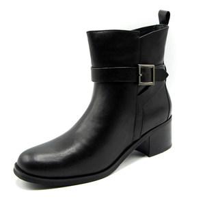 <span class=H>达芙妮</span>2016冬季新款<span class=H>女靴</span>子女短筒靴子通勤百搭圆头粗跟1016607008