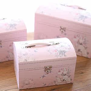 订婚红花朵粉色碎花箱式手提箱式<span class=H>礼盒</span>成品套餐结中国喜饼伴手礼
