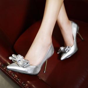 高跟鞋细跟尖头粉色<span class=H>银色</span><span class=H>蝴蝶结</span>单鞋防滑大码<span class=H>女鞋</span>40-43小码32-33