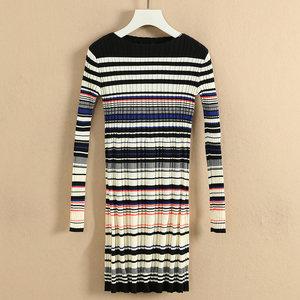 萨系列●品牌折扣女装冬装2018新款小众长款弹力条纹针织<span class=H>连衣裙</span>潮