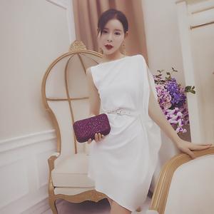 hanqueen 2018夏季性感女装 一字领个性无袖气质纯色连衣裙女中裙