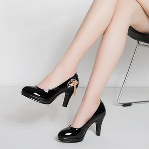春季甜美防水台单鞋高跟黑色工作鞋细跟亮皮浅口圆头漆皮女鞋子
