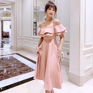 2019夏季新款网红礼服裙女宴会气质荷叶边露肩一字领中长款连衣裙