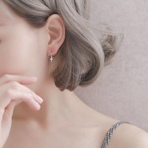 S925纯银耳扣女简约爱心十字架五角星<span class=H>耳钉</span>迷你耳骨钉心形耳圈耳环