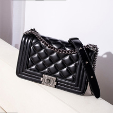New style of ladies'bags with bags and ladies' bags with trendy and fashionable diamond chain in 2019