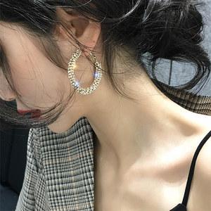 高级感水晶大耳圈女气质韩国耳环欧美夸张网红个性2019新款潮耳饰